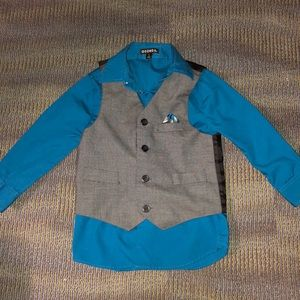Other - Boys size 4 dress shirt and best like new